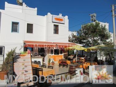 Kaçmaz Fırsat ! Gümbet Plaj Sokakta Satılık Restaurant ve 2+1 daire