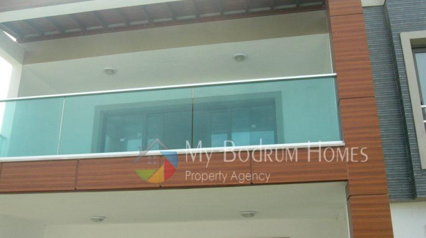 Bodrum Ortakent 'te Satılık site içinde daire