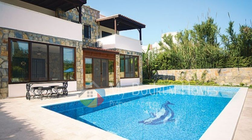 Detached Villa For Sale in Bodrum Bitez